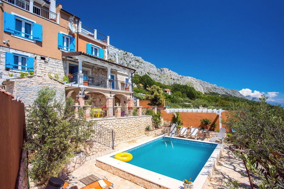 Villa Diana with private pool, 4 bedrooms and amazing sea views