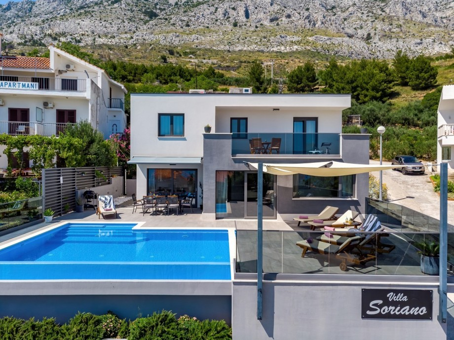 VILLA SORIANO with private, heated pool and 4 bedrooms